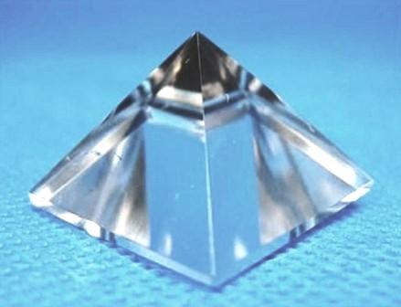 Pirâmide de Cristal - Pirâmide Luminosa